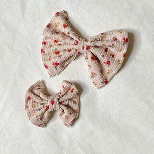 NEW ✨ Floral rib hair bows (multi size)